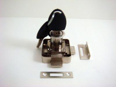 裝潢五金品名:628-22雙舌方便鎖(銀) 規格:7分(6分半孔) 型式:亂號玖品五金
