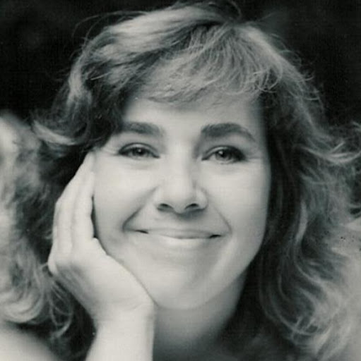 Suzanne Bell