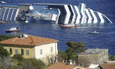 座礁したイタリア豪華客船の船長に禁固刑2697年の求刑