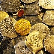 Желтая змея - символ богатства