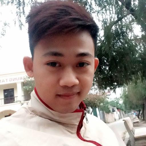 Tung Quach Photo 11