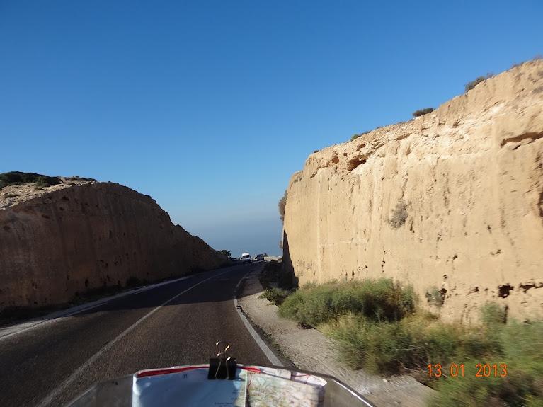 Marrocos e Mauritãnia a Queimar Pneu e Gasolina - Página 3 DSC05602
