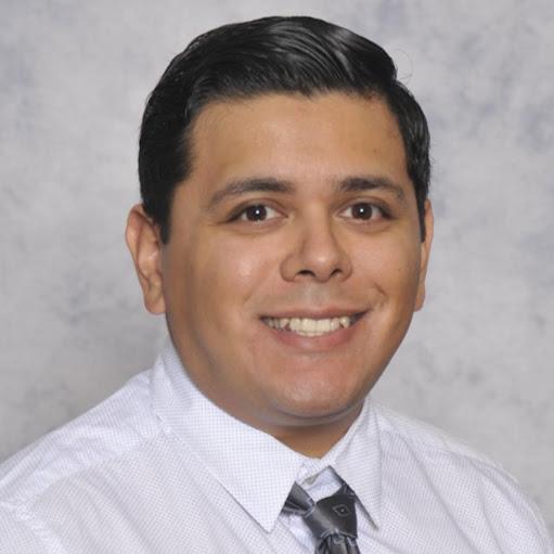 Cesar Flores