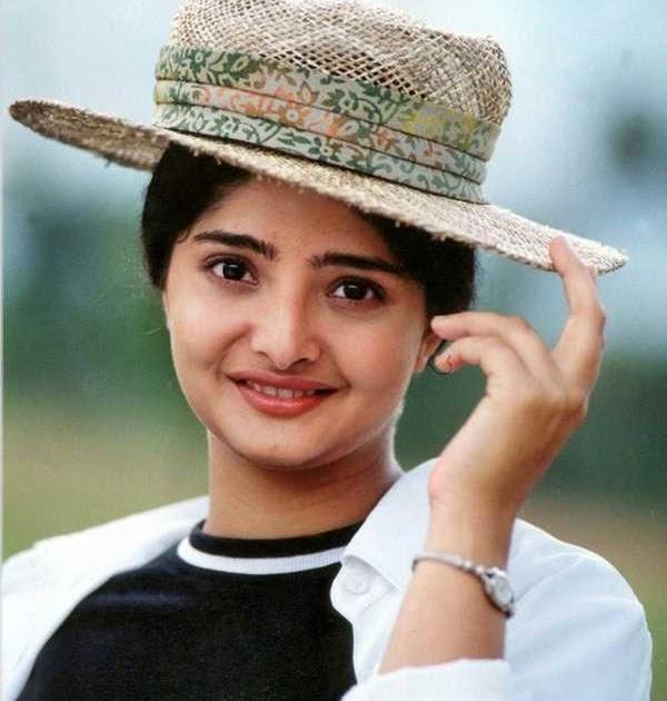 Filmy Funda Vasundhara Das Profile Review Bollywood