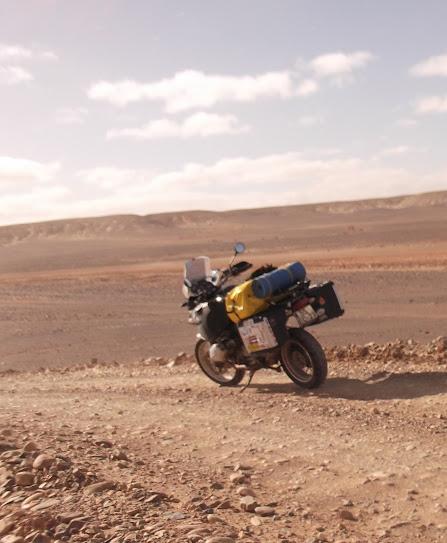 Marrocos e Mauritãnia a Queimar Pneu e Gasolina - Página 9 DSCF1068