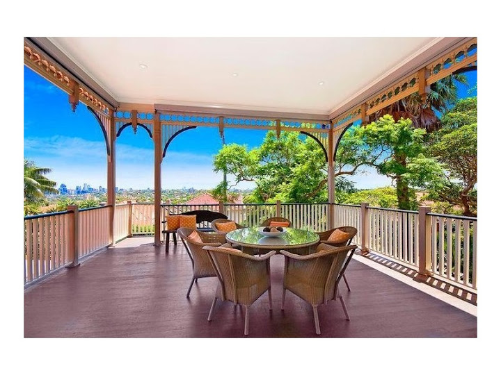 Federation verandah style at 50 Bradleys Head Road Mosman