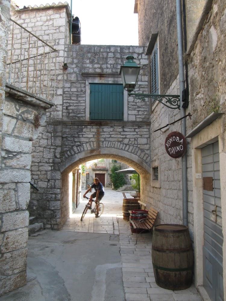 Biking in Stari Grad