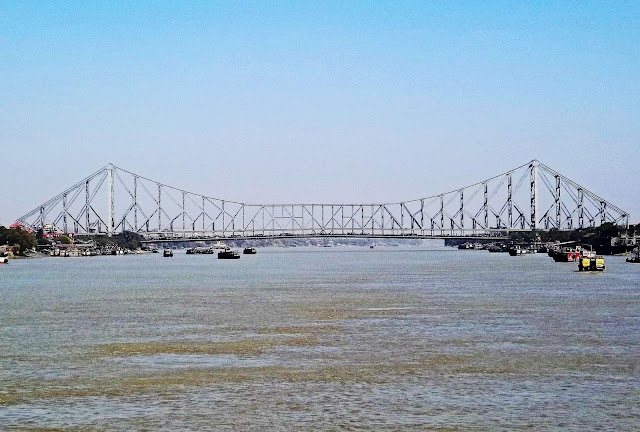 howrah bridge side view