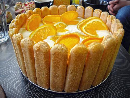 tort jabłkowo pomarańczowy bez pieczenia