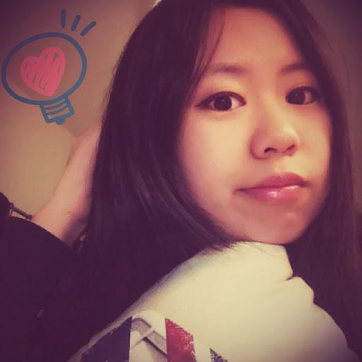 Amy Yao Photo 30