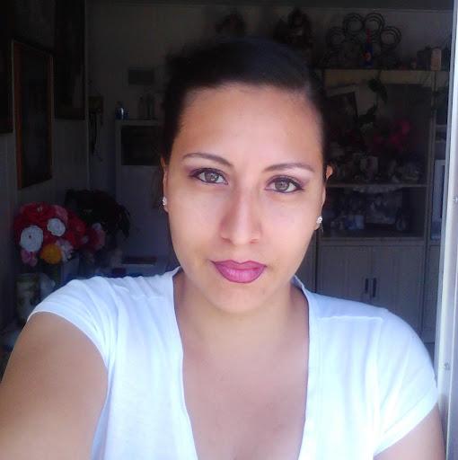 Alicia Rosales Photo 16