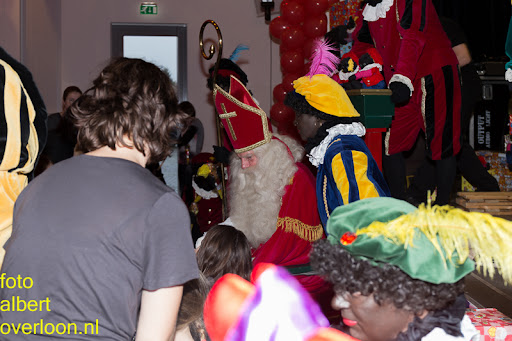 Intocht Sinterklaas overloon 16-11-2014 (87).jpg