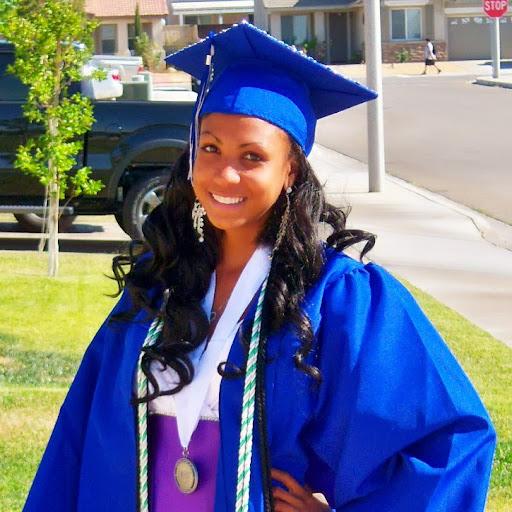 Tanisha Jones Photo 21