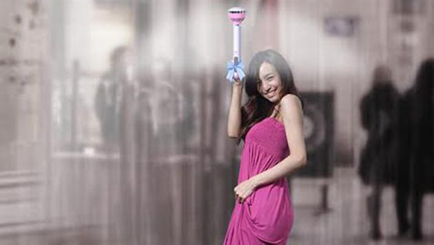 Air Umbrella: el paraguas invisible, te protege con aire