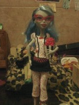 Las Monster High de Sofy: Ghoulia Yelps Dead Tired