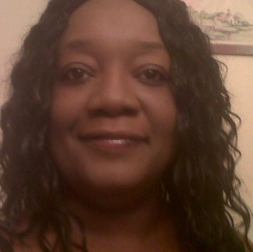 Rochelle Lee