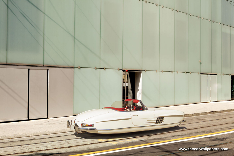 Floating Cars Photgraphy by Renaud Marion