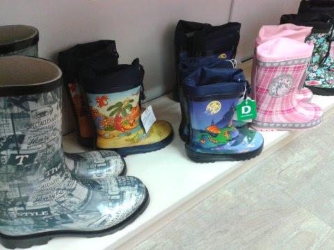 A Duna Plaza összes cipőt áruló üzletét végigjárva (adott bevásárlóközpont  is megér persze egy misét) a tapasztalat fb39f6317f