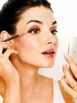 morning-makeup-routine ব্যস্ত মেয়েদের মর্নিং মেক-আপ রুটিন