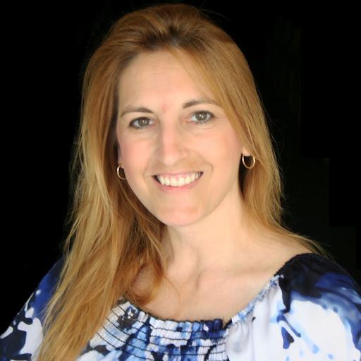 Lisa Salinas Photo 32