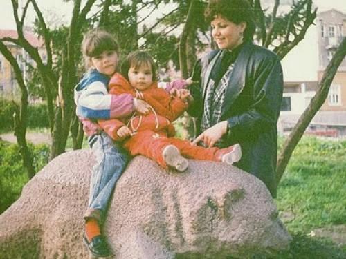 Mothers Maya