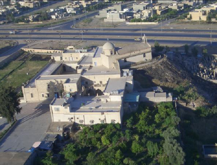 Iraq: IS militants blow up 10th century Assyrian monastery