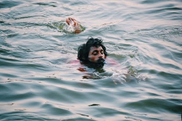 Varanasi Ganges Man Food Street Photography bathing man
