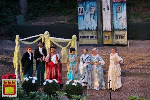 Alice in Wonderland, door Het Overloons Toneel 02-06-2012 (77).JPG