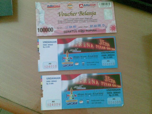 Hadiah Foto Hunting : Voucer Alfamart, 2 Tiket Jakarta Fair 2012