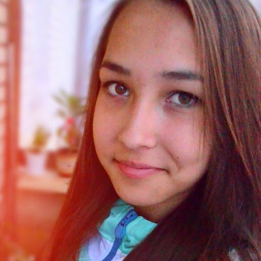 Victoria Petrova Photo 8