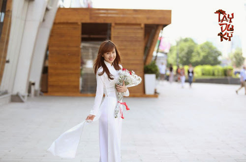 Ngắm nữ game thủ Việt duyên dáng áo dài tại Moscow 7