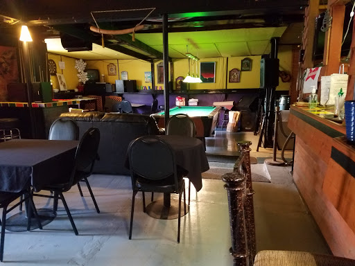 Bar «Faces Lounge & Eatery [Good Food - Good Freinds - Good Times ...