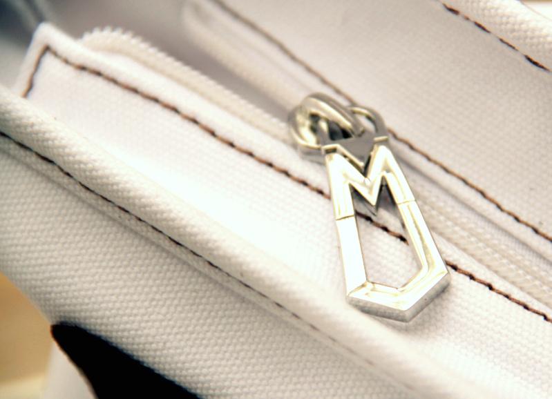 mbmj details zipper
