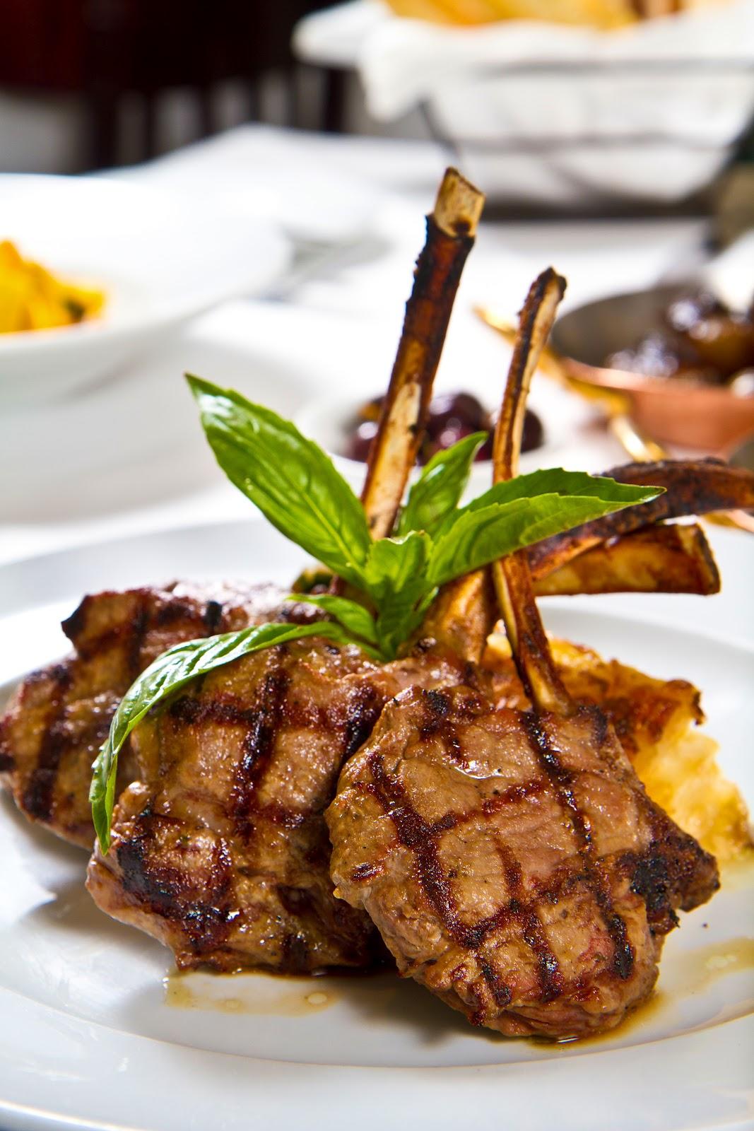 Grilled Lamb Chops Grilled lamb chops scotta dita