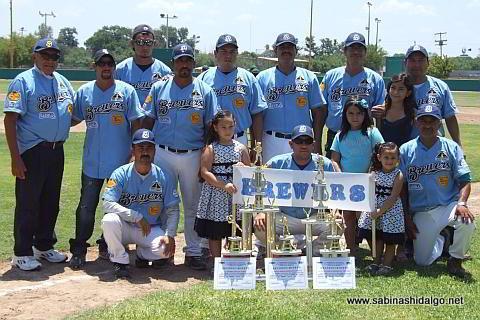 Equipo Cerveceros del torneo municipal de beisbol