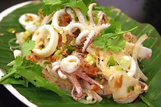 Καλαμαράκια κονσέρβας με Χορταρικά,Calamari Canned Vegetables.