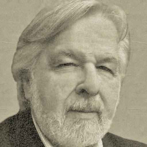 Dennis Morgan Photo 23