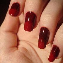 Unhas ombre vermelha