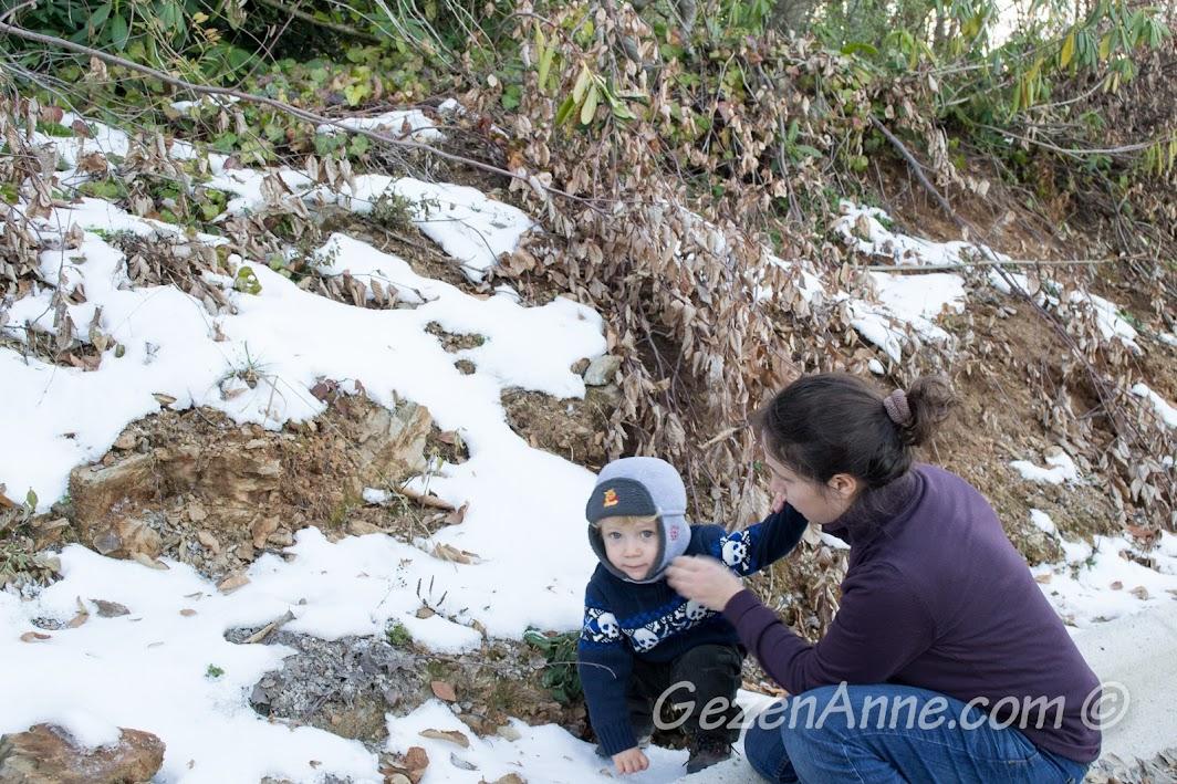 Yılın ilk karının tadını çıkarmaca