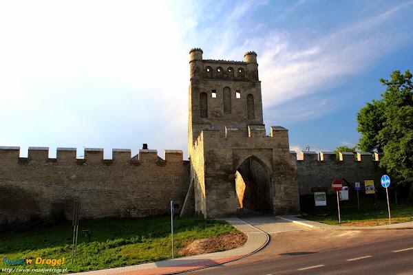 Szydłów - brama krakowska