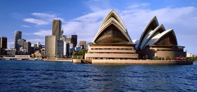 Australia richest GDP Grossing Countries 2014