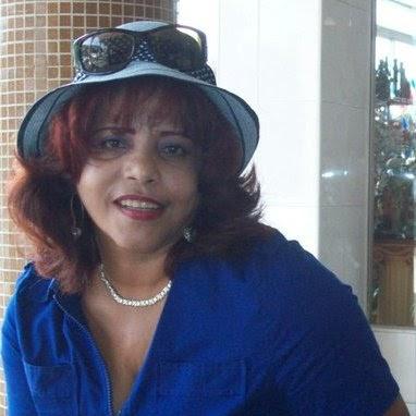 Yolanda Mena Photo 16