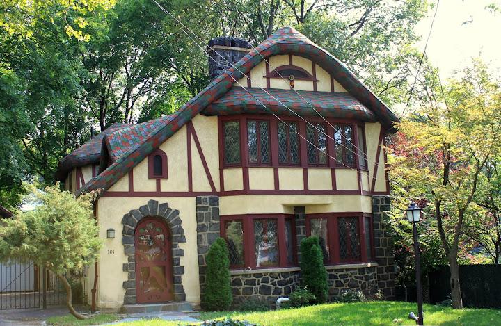 Cebra Ave. Ward Hill Cottage