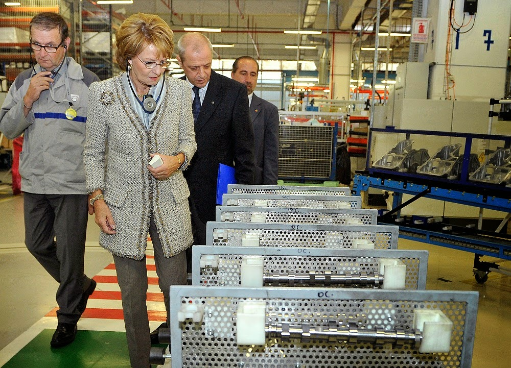 Principesa Margareta a României, în vizită la Uzinele Dacia