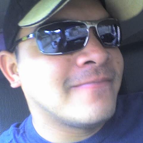 Richard Caballero Photo 21