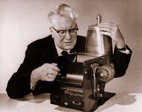 Mesin Fotokopi pertama