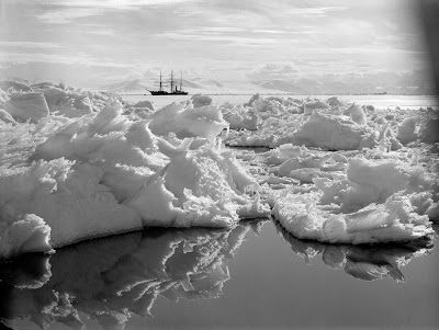 The 'Terra Nova' glimpsed behind a field of jagged ice in the Ross Dependency of Antarctica, during Captain Robert Falcon Scott's Terra Nova Expedition to the Antarctic, 7th January 1911. (Photo by Herbert Ponting/Scott Polar Research Institute, University of Cambridge/Getty Images)