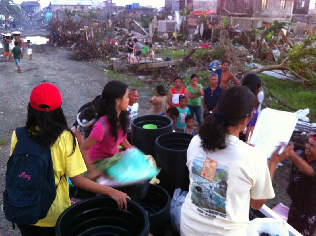 https://lh6.googleusercontent.com/-Zgu2BBZeVaE/Utjqw6YKiDI/AAAAAAAADNo/XI-8aLFeE2Q/w1101-h822-no/san-jose-tacloban-relief-004.jpg
