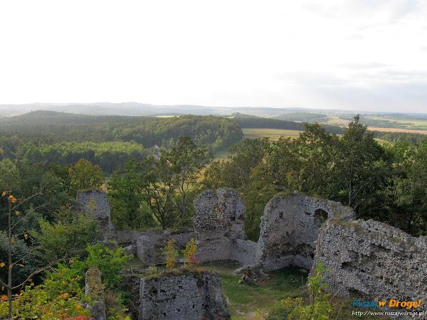 Zamek Smoleń Pilcza Ruiny na Szlaku Orlich Gniazd