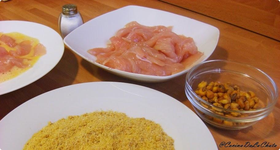 Ingredientes de pechugas rebozadas con kikos.